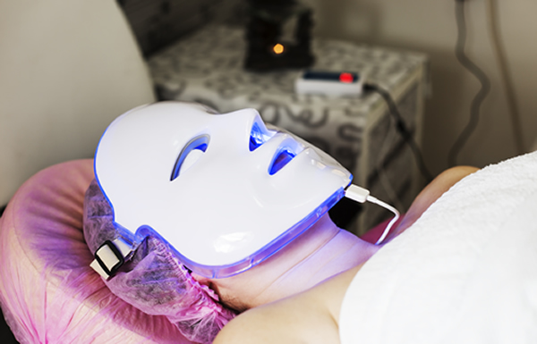 led light facial in luton