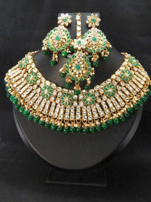 Indian Mendi/ kundan necklace set with Earrings & tikka