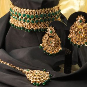 Indian Mendi/party kundan necklace set with Earrings & tikka
